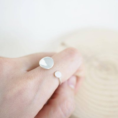[ Cami Handicraft ] 個性造型鈕扣戒指-純銀款 可調式戒圍 客製化商品 手作飾品 簡約精緻OL風格