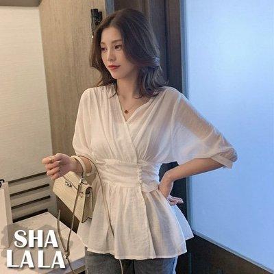 SHA LA LA 莎菈菈 韓版V領收腰薄款襯衫五分袖上衣2色附平口小可愛2色(S~XL)2019050713預購款