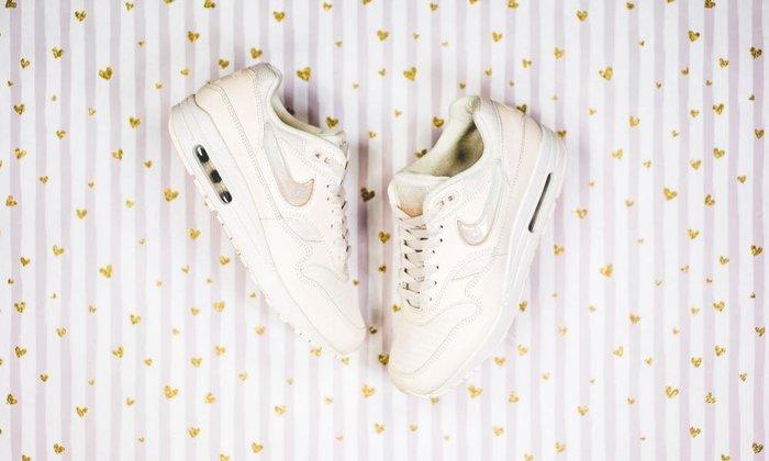 【Cheers】Nike W Air Max 1 Jewel 杏色 米黃色 寶石勾勾 女鞋 AT5248-100