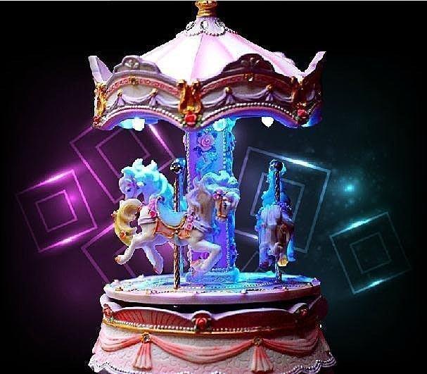 【優上精品】耶誕禮物 樹脂帶燈可發光旋轉木馬音樂盒八音盒女生生日禮物品天空之(Z-P3221)