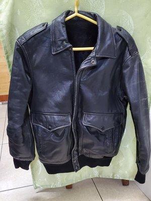 厚真皮且軟皮夾克,MEN'S WEAR CASUAL,養成自然舊化的美感,內部很厚黑色軟棉毛,韓國製優質皮