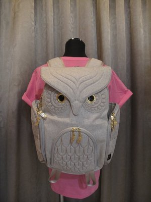 羊毛貓頭鷹後背包(L) ,實品拍攝有店面,香港潮牌Morn Creations授權🌟最特別的禮物都在奧爾思🌟