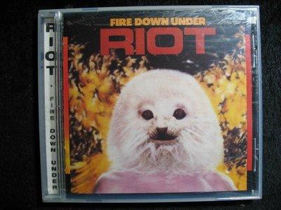 RIOT - FIRE DOWN UNDER - 1999年美國盤 - 碟片如新 - 251元起標 R422