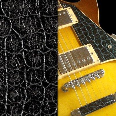 [園之屋] 現貨 日本 Inlay sticker 灰黑色 印刷仿鱷魚皮紋 另有蟒蛇紋款 琴身貼紙 民謠吉他 電吉他