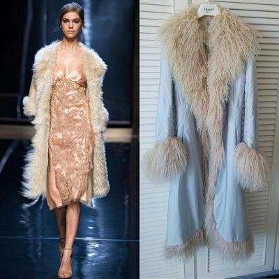 原價28萬 歐洲百年蕾絲大牌 ERMANNO SCERVINO 米白羔羊櫥長毛粉藍色仙氣長大衣