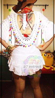 ✡ 27 Extract ✡ 波希米亞假日海灘風白色半透彩色圓球大露背荷葉邊短罩衫上衣