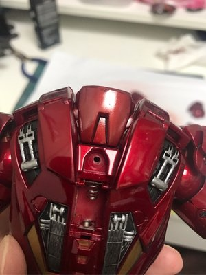 Hot toys iron man mark4 膠版 維修燈 專業上色 / 代工 / 重噴 / 維修 / 加燈 / 修補