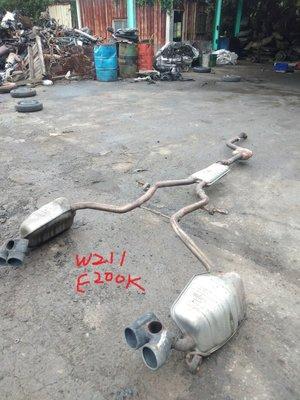 W211 E200K M271 排氣管 中尾段
