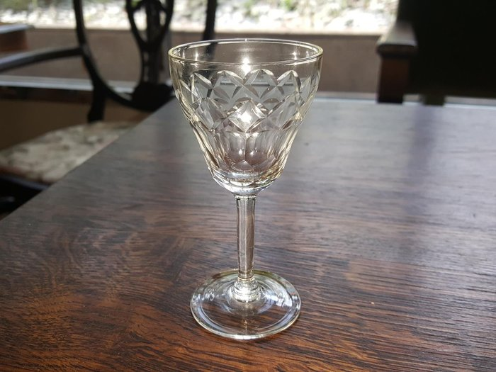 【卡卡頌 歐洲跳蚤市場/歐洲古董 】法國老件_手工菱紋雕刻水晶玻璃杯 酒杯 (高10cm) g0296