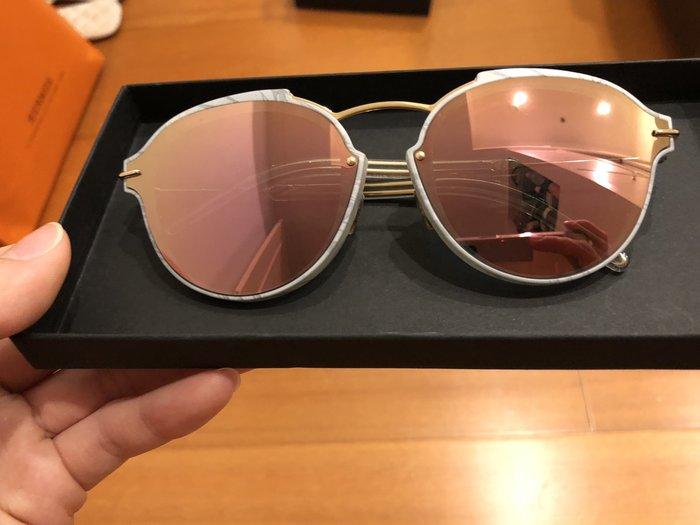 Dior太陽眼鏡墨鏡日本購回 原價69000日幣未稅 出清 附購證 近全新