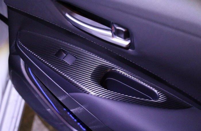 TOYOTA豐田12代【ALTIS電動窗飾板卡夢貼】altis大改款 T牌阿提斯 扶手飾板保護貼 車內配件 靠手飾板貼膜