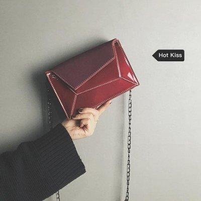 chic上新小包包女2019新款韓版百搭鏈條復古斜挎包質感網紅小黑包XKL1265
