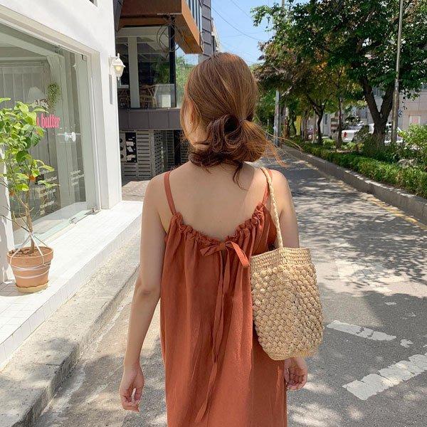 細肩帶洋裝◎ 女人心語 ◎ 渡假風細肩帶後綁寬鬆連身裙 (二色) 預 RALI-N-SK-K