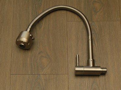 廚房好美麗 不鏽鋼 無鉛 SUS 304  18-8 入牆式 萬向 掛牆式 單冷 單熱 水龍頭 新北市