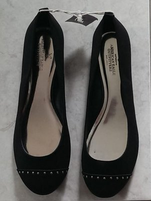 @小凸媽媽@American eagle【全新真品現貨在台9.5號】Studded Ballet 美國老鷹上班平底娃娃鞋
