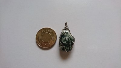 [石品]天然海洋水草玉(海藻玉)~~個性原石墬