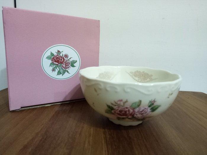 天使熊雜貨小舖~日本海渡La Bella Saison 古典玫瑰碗  日本製  全新現貨