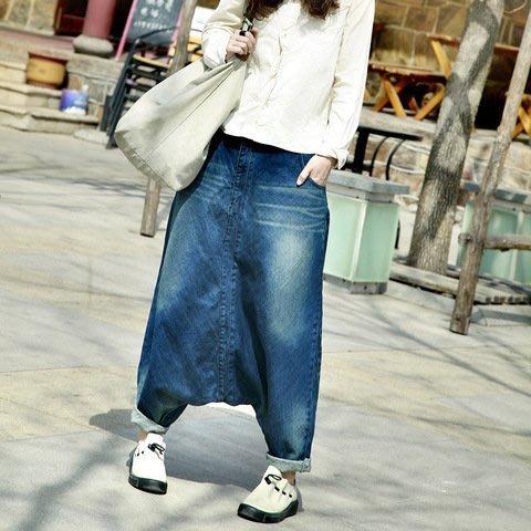 ❤️月亮上的貓❤️設計師款❤️簡約時尚 超有型立裁 個性做舊磨白褲裙 寬鬆 顯瘦 低檔 舒適百搭牛仔哈倫垮褲