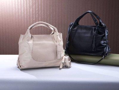 國外品牌柔軟牛皮編織包,兩色可選