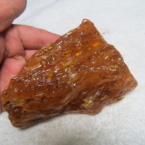 【競標網】波羅的海天然真品黃金香琥珀原礦197克(F19)(網路特價品、原價1300元)限量一件