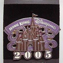 2005 Hong Kong Disneyland pin 2005 香港迪士尼開幕徽章 全新