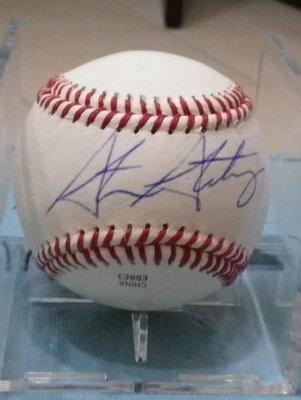 棒球天地--5折賠錢出--大聯盟國民隊天才小史Stephen strasburg簽名球.GAI認証