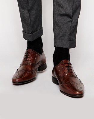 ◎美國代買◎ASOS巴洛克雕花搭配同色牛津鞋帶設計英倫紳士雅痞風尖頭雕花鞋帶咖啡色皮鞋~歐美街風~大尺碼
