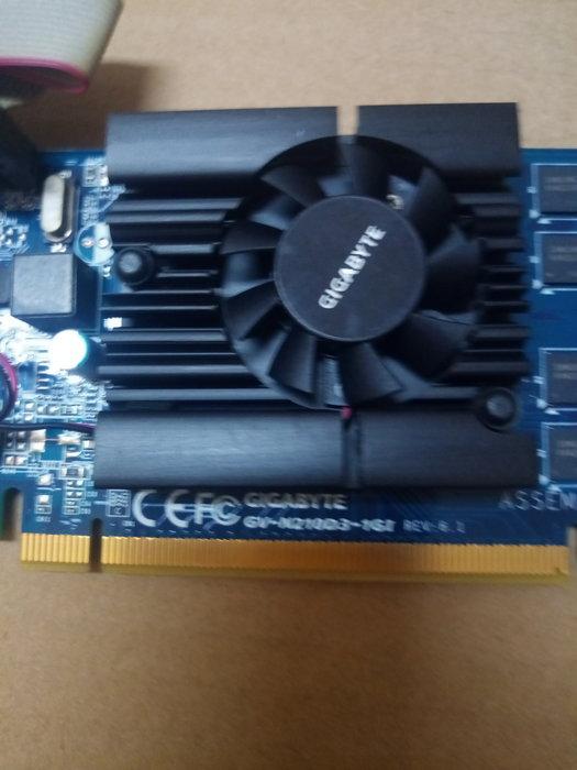 售 技嘉 GV-N210D3-1GI REV:5.0 @1GB/128BIT GT210晶片@ DDR3