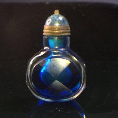 【采芝齋】早期收藏 清代 八角藍料胎琉璃 鼻煙壺