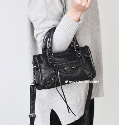 愛 BAG SHOP 韓包專賣 WHOSBAG PU 合成皮革 機車包 CITY MINI 24CM 1250 共18色