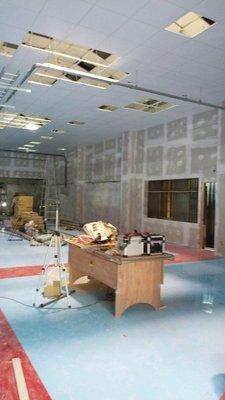【師傅自工】台北區~台灣製造矽酸鈣天花板,骨架鍍鋅鋼不長白蟻、無甲醇,每坪1650元~板酸鈣板、塑麗板、石膏板、水泥板