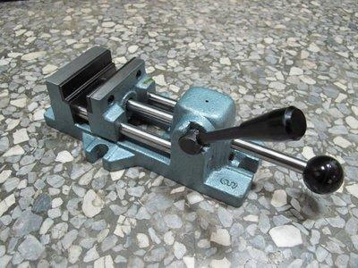 金固 SKC-320 4英吋 快速虎鉗