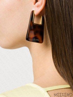 【WEEKEND】 CULT GAIA J-shaped 大尺寸 透明 缺口 一對 耳環 咖啡色