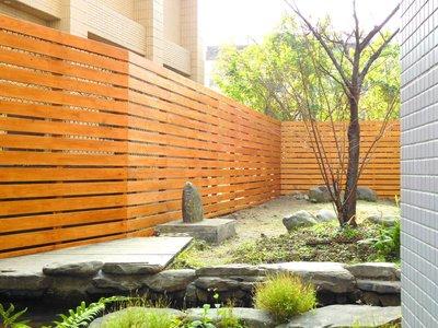 戶外。 防腐。 實木。南方松、 圍籬 、格柵 、圍牆 、籬笆、圍欄