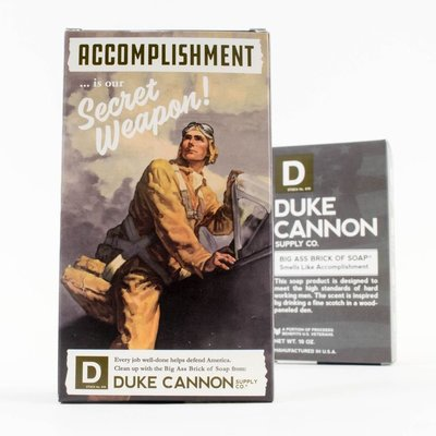 Duke Cannon - BIG ASS 美軍「超能幹」大肥皂 (黑色) 二戰紀念包裝 - LTS 現貨