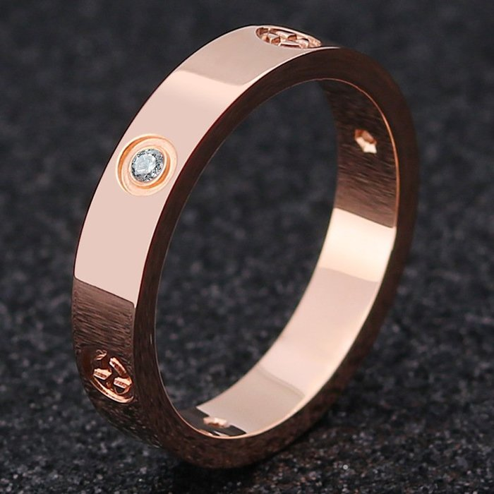 【每日一好物】戒指男士玫瑰歐美時尚創意款鈦鋼十字螺絲鋯石不銹鋼爆款歐美風格