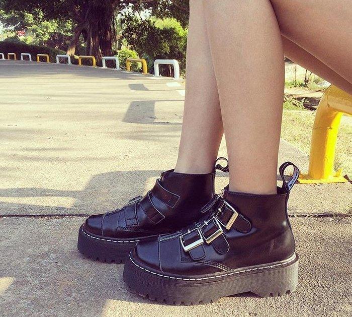 FINDSENSE MD歐美  時尚 潮 女  園頭   羅馬款  馬丁靴  真皮涼鞋 平底涼鞋 沙灘鞋