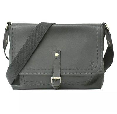美品 ** LV Louis Vuitton  ** Utah系列 Omaha 真皮 水牛皮 側背包 斜背包 郵差包