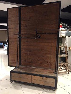 工業風 服飾店 展示櫃 仿舊 收納櫃 衣櫃