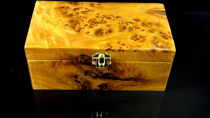 [福田工藝]台灣肖楠閃花釘仔瘤*飾品盒珠寶盒印章盒雜物盒*聞香把玩/裝飾擺飾[飾品盒5]