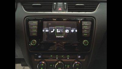 Skoda Octavia 原廠smartlink 主機升級加裝影音介面.Papago導航.HD數位電視.倒車鏡頭.
