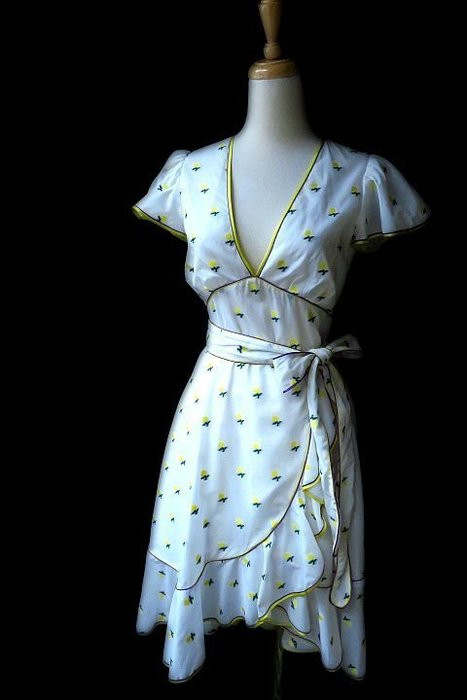 *Beauty*MARC JACOBS白色荷葉袖珍珠扣綁帶洋裝 0 號   18800   元