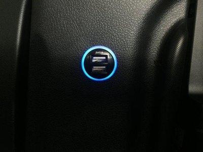 (柚子車舖) LEXUS CT 200h CT300 正廠車美仕 2.1A 雙孔 USB 圓形款充電座 a