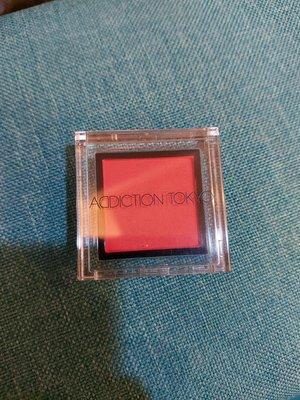 ADDICTION TOKYO眼影 #166,167 Acidic Red ,Dard Saffron(剩167)