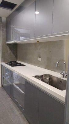 韓國人造石+結晶門板+木心桶身築藝/廚具/不銹鋼廚具/廚房/瓦斯爐/抽油煙機/烘碗機