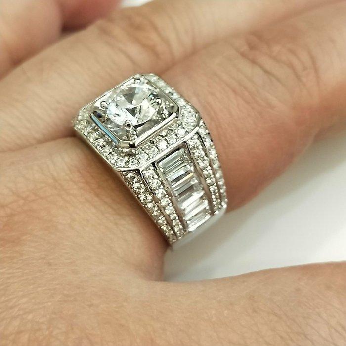 莫桑鑽寶1克拉T鑽小滿天星925純銀鍍鉑金指環鑲嵌極光活彩高碳鑽男款戒指實驗室鑽石媲美真鑽珠寶鉑金質感不退色ZB鑽寶新款特價