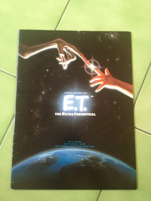 (下標即結標)(絕版)E.T. The Extra-Terrestrial 日文版電影場刊/本事(外星人,史蒂芬史匹柏)