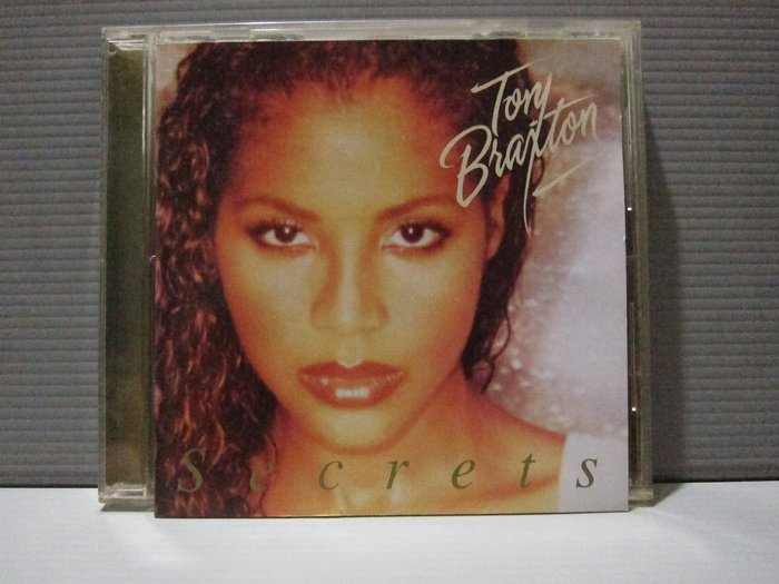 Toni Braxton唐妮布蕾斯頓Secret 唐妮的祕密 原版CD片 有細紋 保存良好