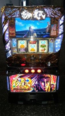 日本原裝SLOT斯洛(2015-花之慶次~戰極傾奇者之宴)五號機大型電玩遊戲機漫畫迷收藏拉霸機遊藝場買賣租賃