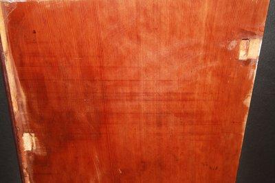 舊檜木_實木板料_75cmx48cmx2cm(取最大值)_(可做書桌面)